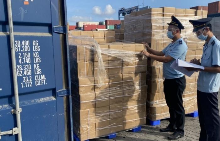 Hải quan TPHCM: Thông quan hàng hóa đạt gần 80  tỷ USD