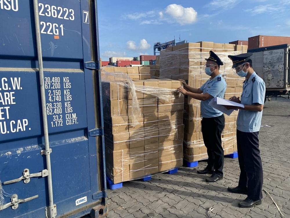 Hàng hóa XNK của doanh nghiệp TPHCM bắt đầu