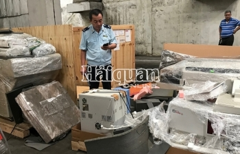 Hải quan TPHCM khởi tố vụ nhập lậu thiết bị y tế