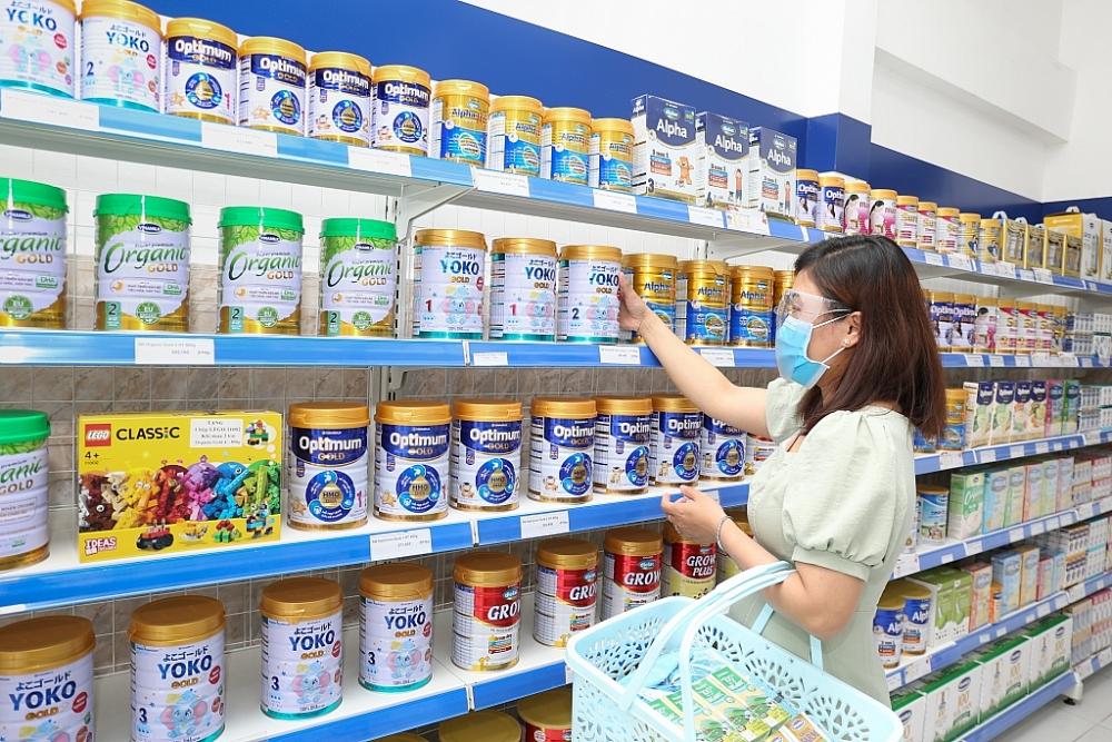 Vinamilk thực hiện chương trình hỗ trợ quà tặng nhằm trợ giá cho người tiêu dùng