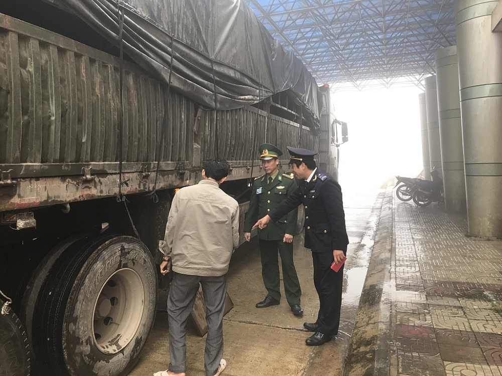 Khai trương cặp cửa khẩu quốc tế Nam Giang – Đắc Tà Oọc
