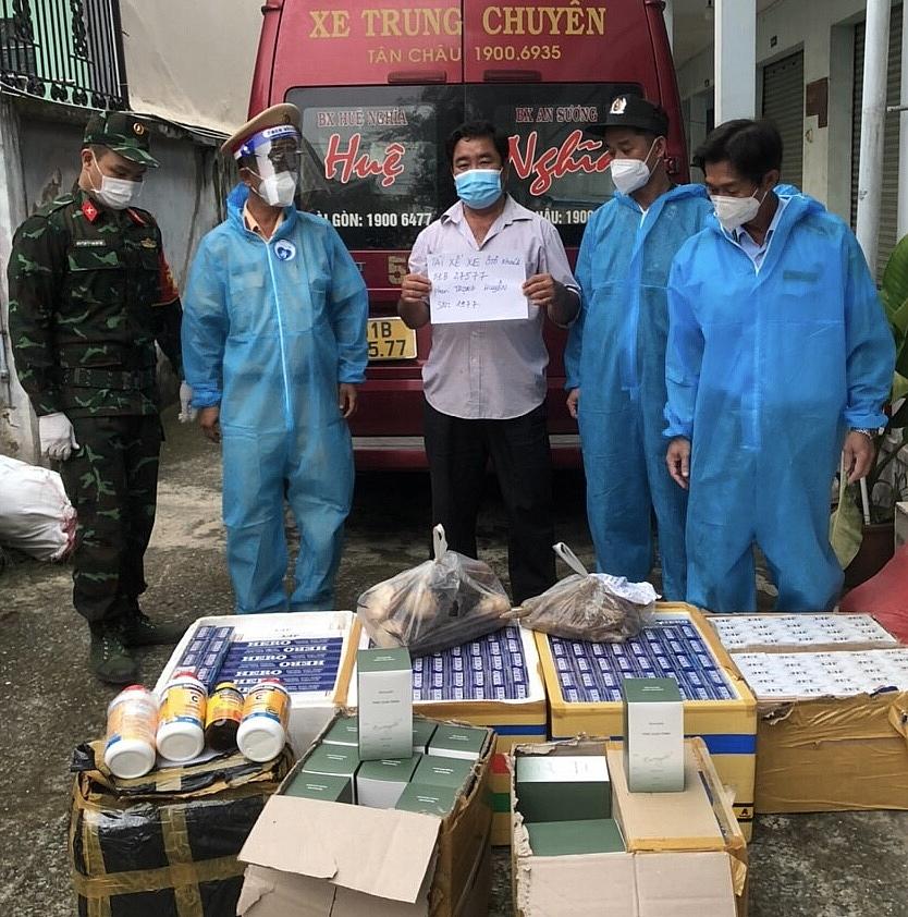 Bắt xe khách chở lượng lớn hàng lậu từ Tây Ninh về TPHCM