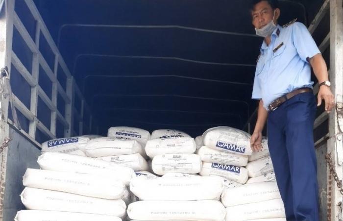 Quản lý Thị trường An Giang phát hiện gần 20 tấn hàng hóa vi phạm nhãn mác