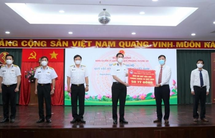 Tâng cảng Sài Gòn ủng hộ 50 tỷ đồng cho Quỹ vắc xin phòng chống Covid-19