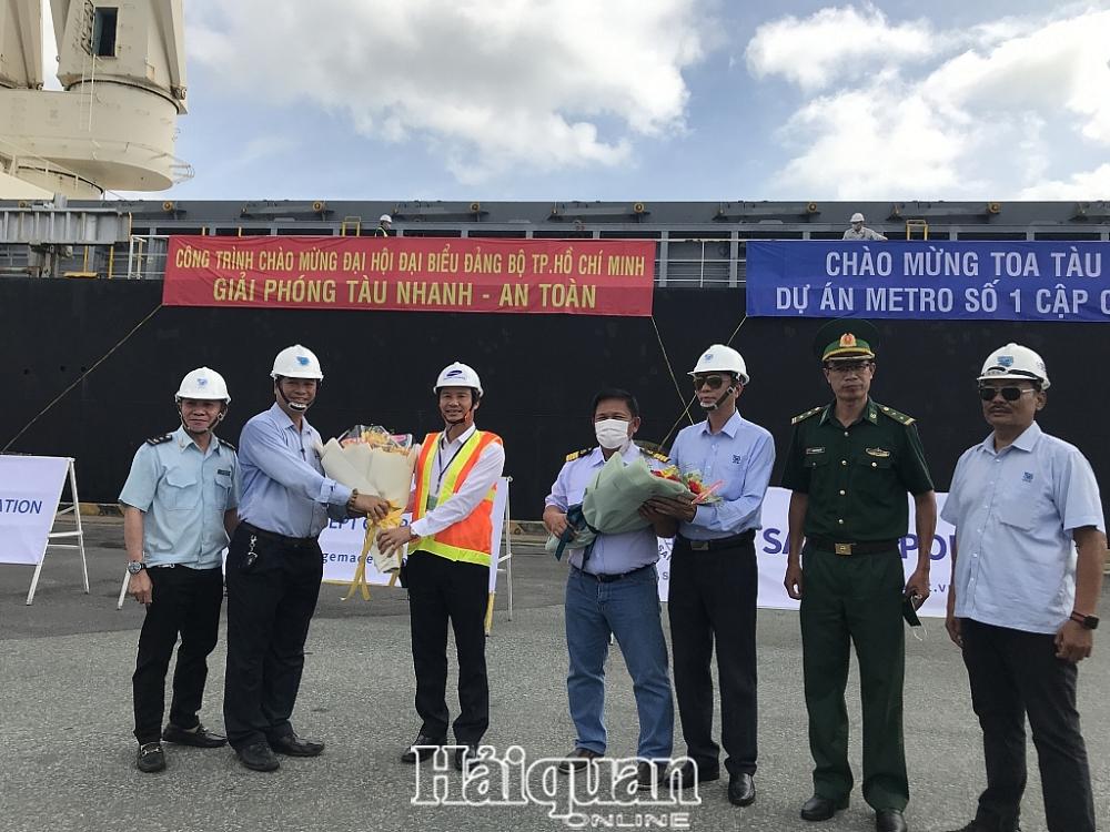 Hải quan TPHCM tạo thuận thông quan nhanh đoàn tàu metro