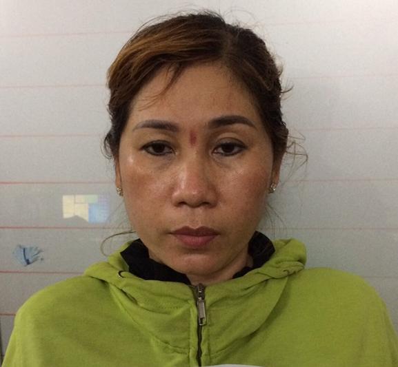 Liên tục vận chuyển thuốc lá lậu, một phụ nữ bị khởi tố