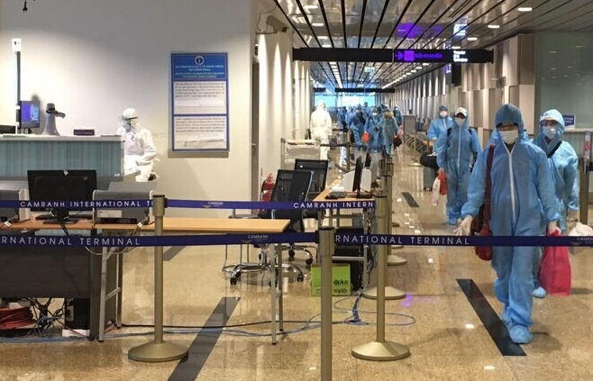Hải quan Khánh Hòa: Nỗ lực đón chuyến bay giải cứu và thực hiện thu ngân sách