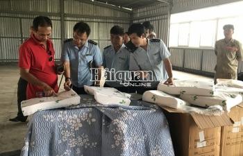 Ảnh: Cận cảnh 7 tấn hàng Trung Quốc giả mạo xuất xứ Việt Nam