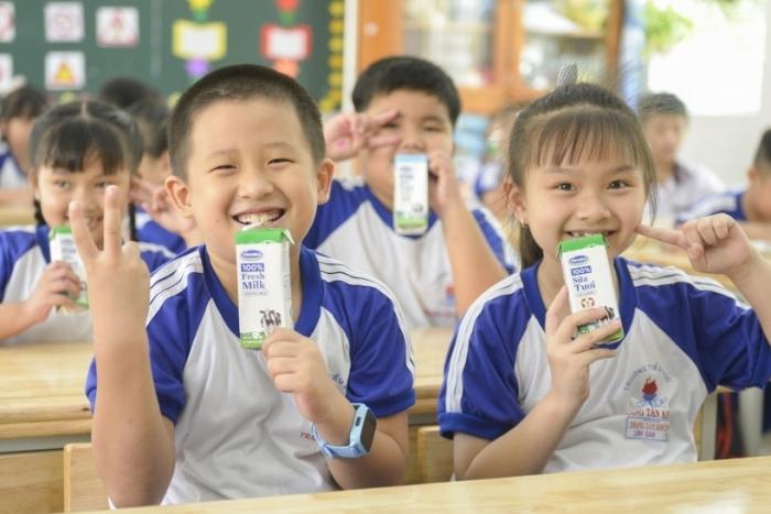 TPHCM mở rộng chương trình sữa học đường trên toàn thành phố
