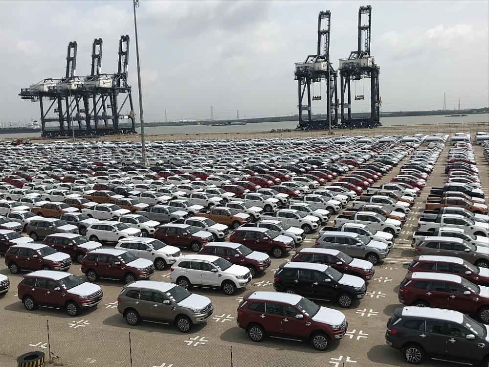 ô tô NK qua cảng Hiệp Phước