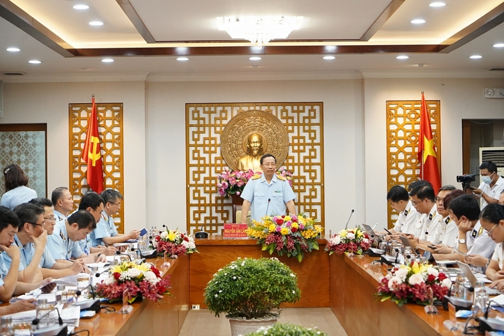 Tổng cục trưởng Nguyễn Văn Cẩn chỉ đạo nhiều giải pháp nâng cao hiệu quả quản lý hải quan tại cảng biển