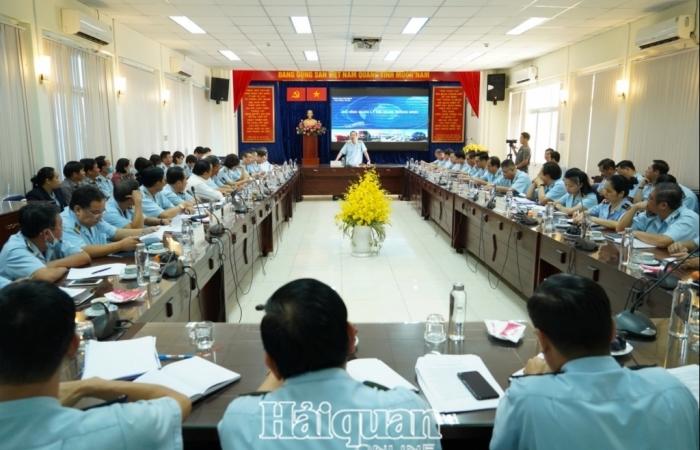 Tổng cục trưởng Nguyễn Văn Cẩn chủ trì làm việc với 8 Cục Hải quan phía Nam