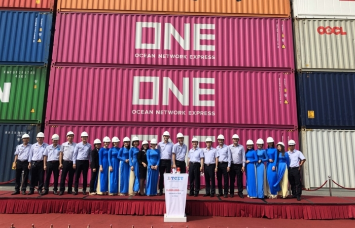 Cảng quốc tế Tân Cảng – Cái Mép đón container thứ 2 triệu