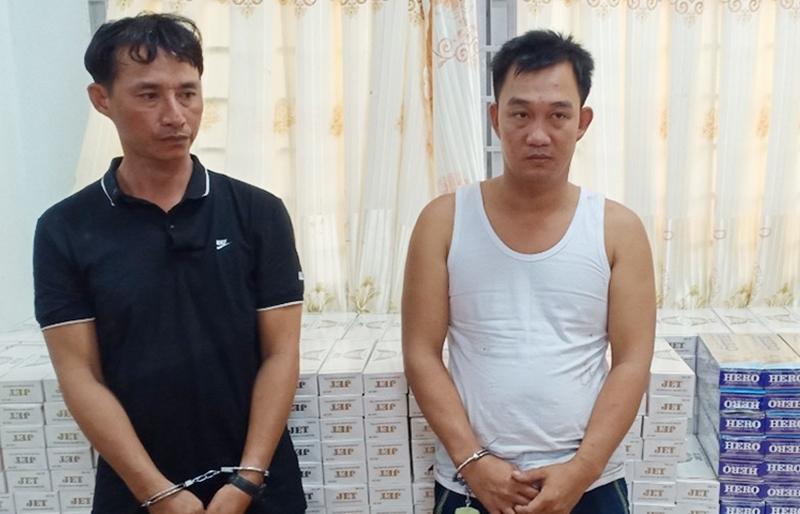 Vận chuyển gần 9.500 bao thuốc lá lậu, hai thanh niên bị khởi tố
