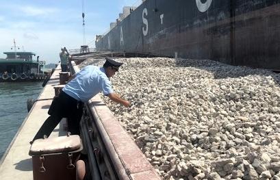 Hải quan cương quyết kiểm soát chặt mặt hàng đá vôi xuất khẩu