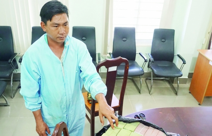 """""""Nóng"""" vận chuyển trái phép tiền tệ qua biên giới Tây Ninh"""