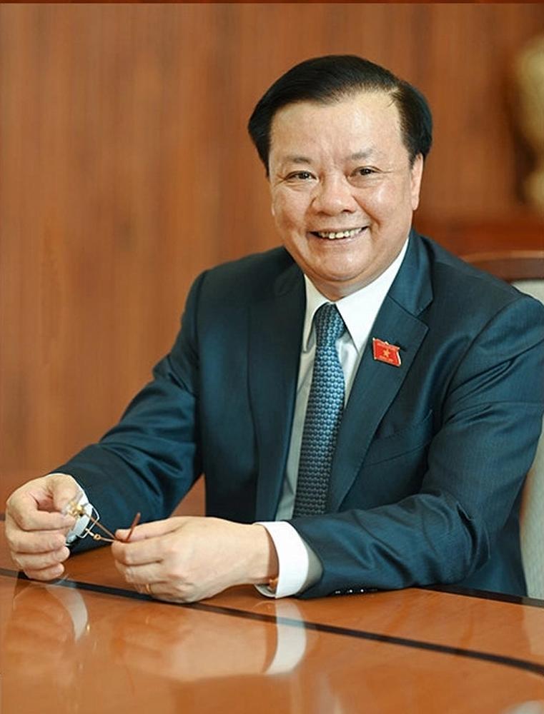 Đồng chí Đinh Tiến Dũng -  Ủy viên Trung ương Đảng, Bộ trưởng Bộ Tài chính.
