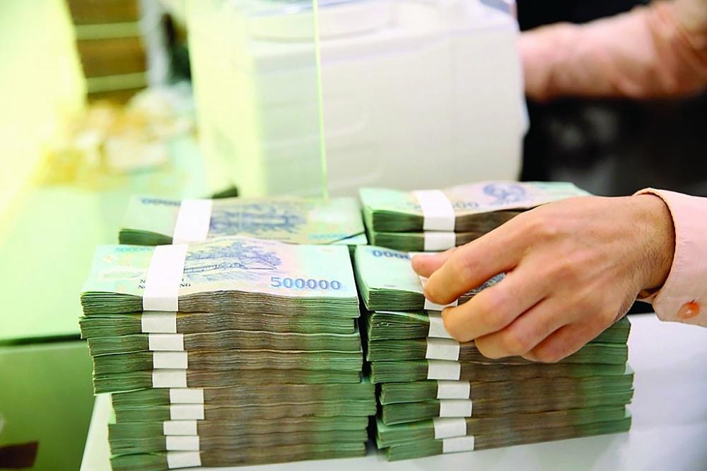 Nhiều DN chi hàng trăm tỷ để chia cổ tức dù kết quả kinh doanh năm qua bị sụt giảm. Ảnh: ST
