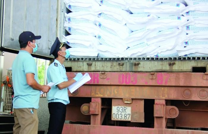 Cục Hải quan Bình Phước: Giữ vững vai trò gác cửa kinh tế, tạo môi trường kinh doanh lành mạnh