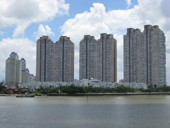 Quy định tổng trần chi phí lãi vay được trừ không quá 20% tạo thuận lợi cho DN bất động sản