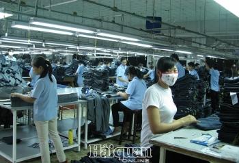 Một số đối tác từ hai thị trường xuất khẩu chủ chốt của ngành dệt may tạm ngưng nhập hàng