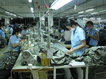 Xuất khẩu dệt may đạt 7,3 tỷ USD