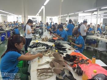 Xuất khẩu giày dép tăng trên 15%