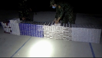 Long An: Bắt giữ gần 3.800 bao thuốc lá nhập lậu tại biên giới thị xã Kiến Tường