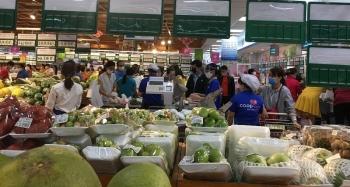 Saigon Co.opmart giảm giá 3.400 mặt hàng nhu yếu phẩm mừng 30/4