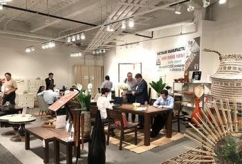 """Gian hàng Việt Nam được bình chọn """"Khu gian hàng đẹp"""" tại hội chợ đồ gỗ Mỹ"""