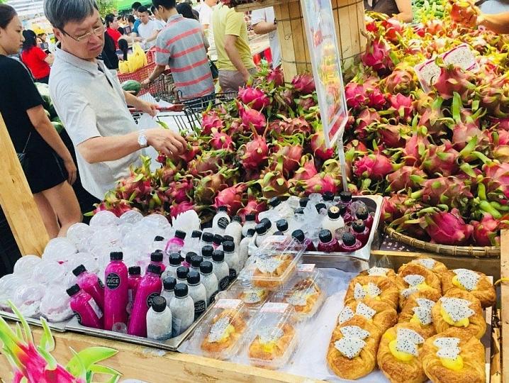 Hơn 100 đơn vị phía Nam kết nối tiêu thụ hàng nông sản vào hệ thống siêu thị Big C và GO! Việt Nam