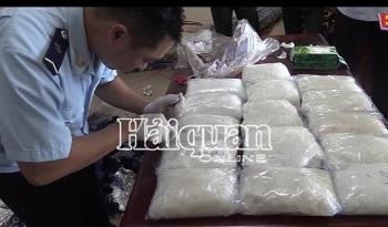 Khởi tố vụ vận chuyển 16 kg ma túy qua cửa khẩu quốc tế Hoa Lư