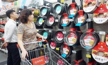 Hệ thống siêu thị Co.opmart bắt đầu giảm giá hàng tết
