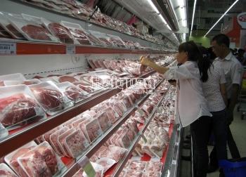 13.000 tấn thịt heo nhập khẩu qua TPHCM