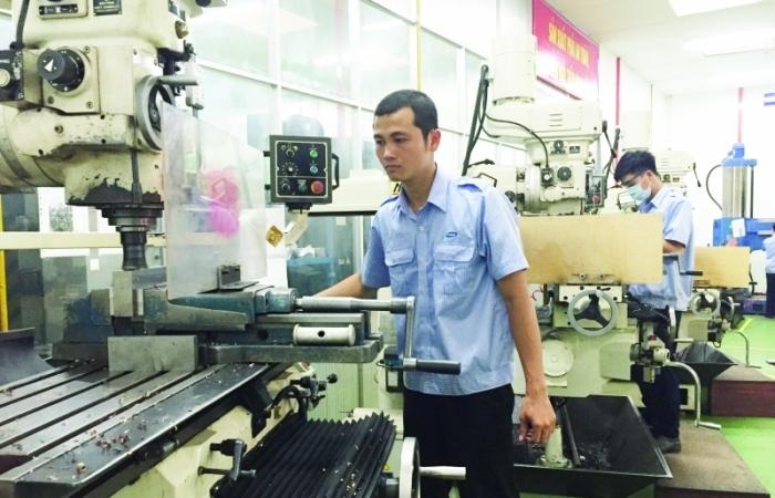 TPHCM: Sản xuất công nghiệp tăng trưởng không đồng đều