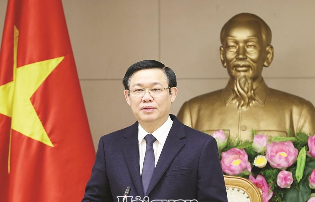 Kinh tế Việt Nam nhiều khởi sắc  trong một thế giới đầy biến động