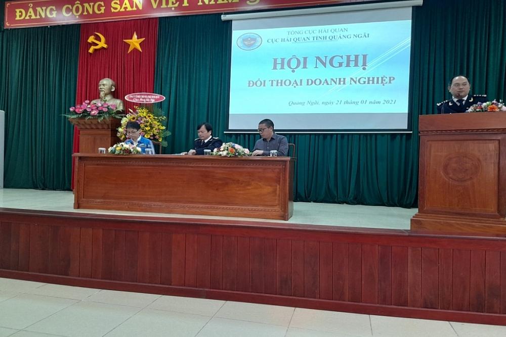 Phó cục Trưởng Bùi Văn Quân ký kết đối tác Hải quan - Doanh nghiệp với các doanh nghiệp.