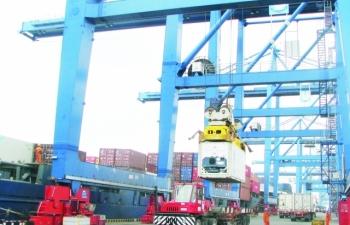 Thủ tục xuất khẩu máy móc đã nhập khẩu tạo tài sản cố định