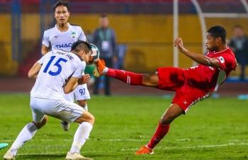 Đội bóng nào hưởng lợi khi V-League 2020 tạm hoãn vì COVID-19?
