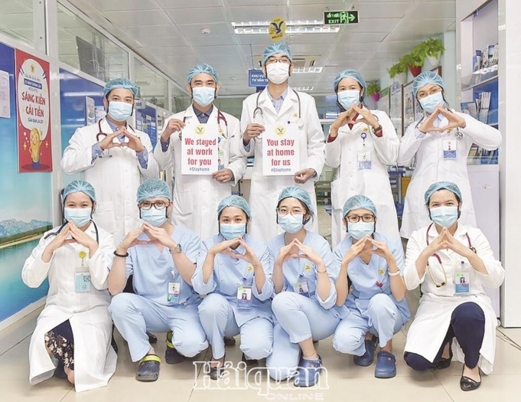 nhung hanh dong nho lan toa thong diep nhan van 123269