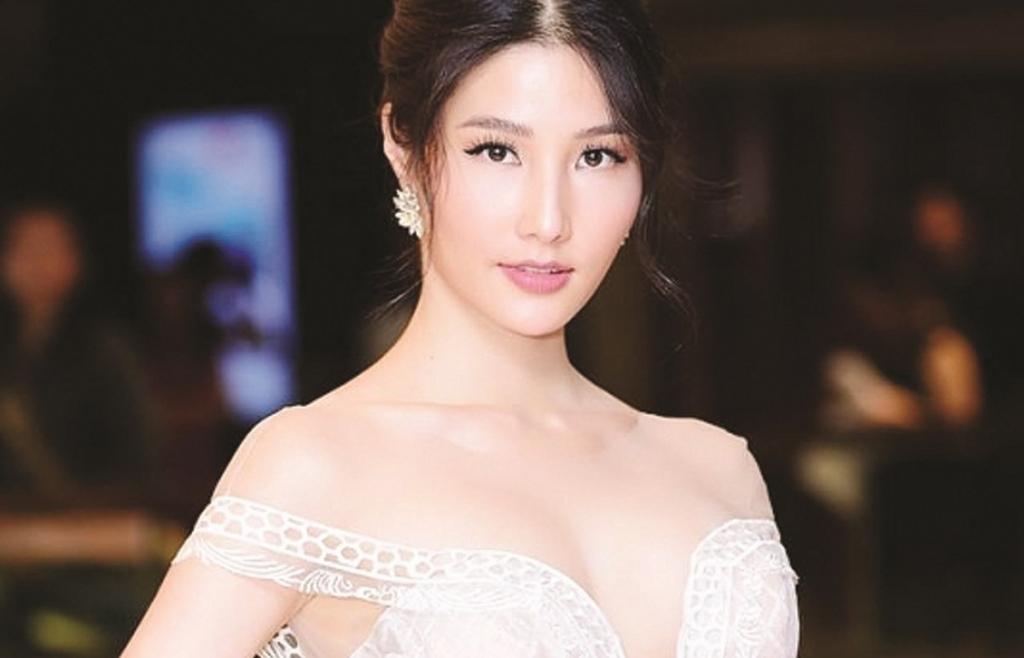 Chuyển động cùng: Nguyệt Ánh,Nguyễn Phi Hùng,Diễm My,Hiền Mai,Quyền Linh