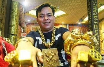 Sau Khá Bảnh, 'người đeo vàng nhiều nhất Việt Nam' bị tạm giữ điều tra