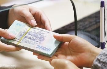 Siết chỉ tiêu tín dụng:  Khó cho ngân hàng