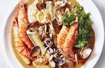 Không gian ẩm thực bên phá Tam Giang