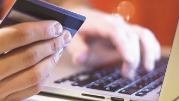 Ngân hàng  trực tuyến  tìm cơ hội từ Covid-19