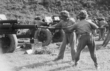 """Những """"cặp mắt thần dệt lưới lửa""""... diệt máy bay địch ở Điện Biên"""