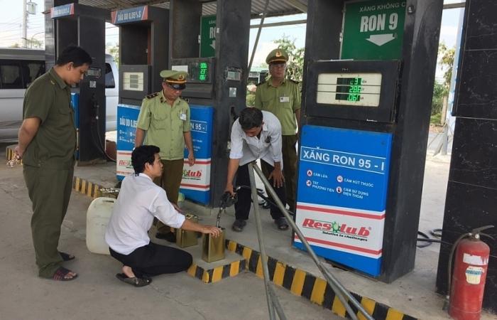 Ngăn chặn xăng dầu kém chất lượng: Phải có cơ chế giám sát thường xuyên