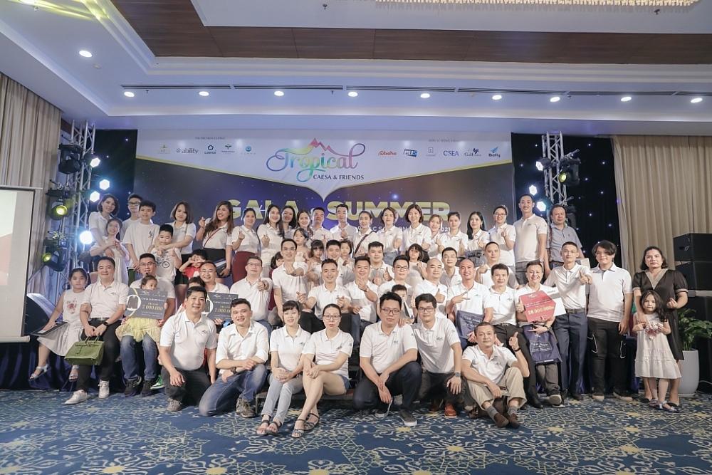 Gala Tropical để lại dấu ấn dành cho hơn 200 thành viên tham dự.
