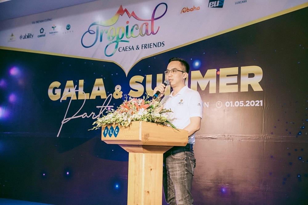 Ông Nguyễn Tuấn Linh - CEO Caesa Entertainment khai mạc Gala.