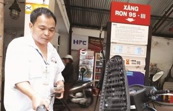 VCCI: Cần cân nhắc loại bỏ giá xăng, giá điện thuộc diện bí mật